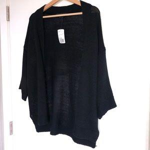 Sweaters - Half sleeve cardigan w/ light hi-lo cut on sides